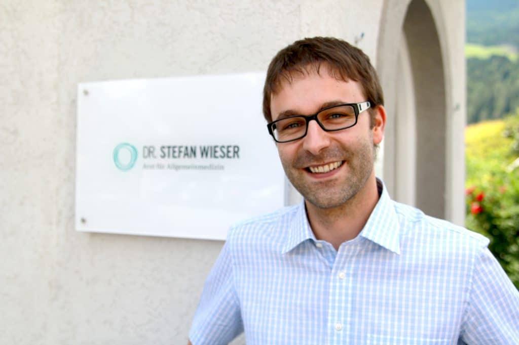 Dr. Stefan Wieser